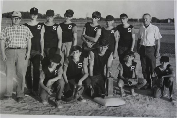 Early Softball Team